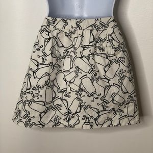 Liz Claiborne Skirts - Liz Golf skort Black white golf bag pattern Sz 4